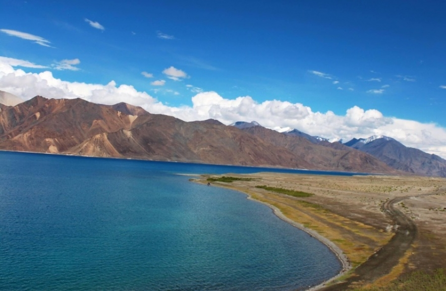 Pangong Tso lake, Ladakh - Why so famous?