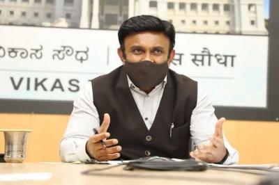 ಮೂರು ತಿಂಗಳಲ್ಲಿ 6 ಕೋಟಿ ಜನರಿಗೆ ಕೋವಿಡ್ ಲಸಿಕೆ: ಡಾ.ಕೆ.ಸುಧಾಕರ್  | ಜನತಾ ನ್ಯೂ&#